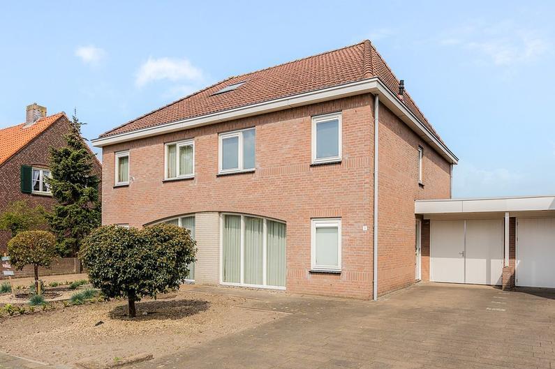 Nieuwkuijksestraat 8 in Nieuwkuijk 5253 AH
