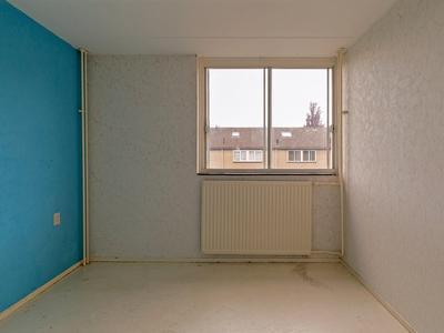 Karveel 15 71 in Lelystad 8231 AW