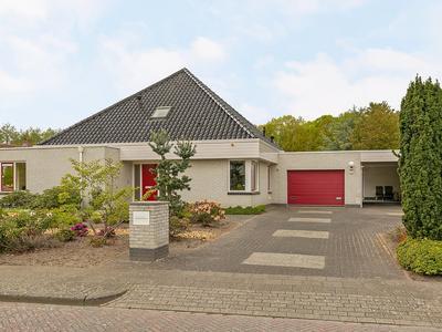 Oosterbrink 8 in Oosterwolde 8431 RA