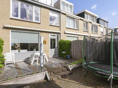 De Linde 4 in Ouderkerk Aan Den IJssel 2935 SH
