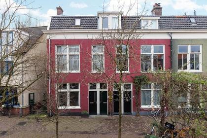 Sint-Antoniesteeg 13 Zwart in Haarlem 2011 CW