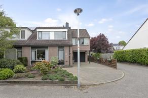 Velserbeek 31 in Ede 6715 HW
