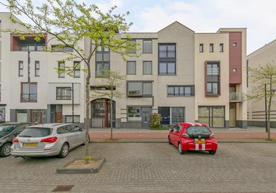 Avenue Carnisse 87 in Barendrecht 2993 MB