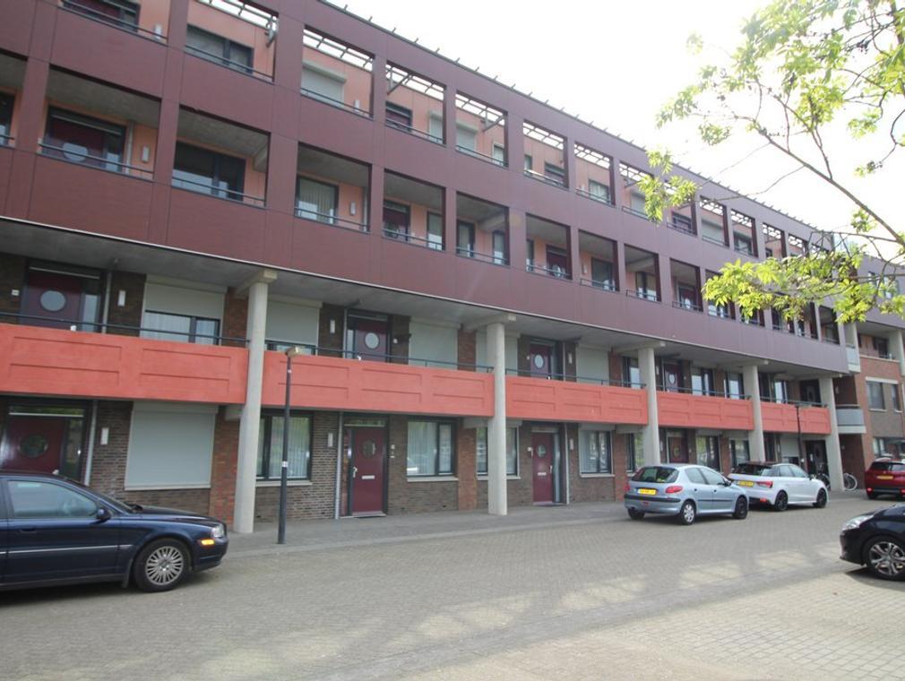 Vlaemsche Hoeve 194 in Vlijmen 5251 TG