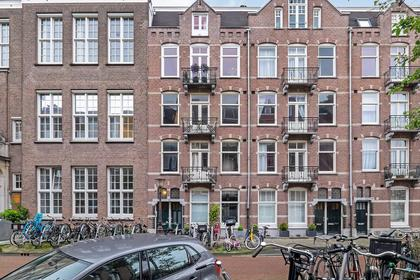 Brederodestraat 106 3 in Amsterdam 1054 VG