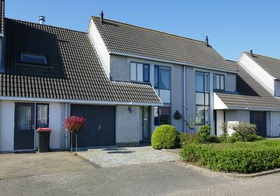 Weegbree 30 in Uithoorn 1422 MV