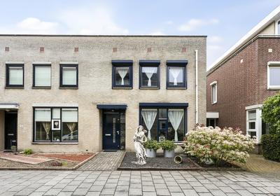 Van Leeuwenhoeklaan 192 in Roosendaal 4708 BD