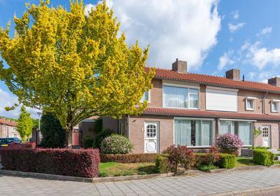 Dr. Schaepmanstraat 24 in Valkenswaard 5554 SL