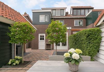 Burgerdijkstraat 35 in Krimpen Aan Den IJssel 2921 XB