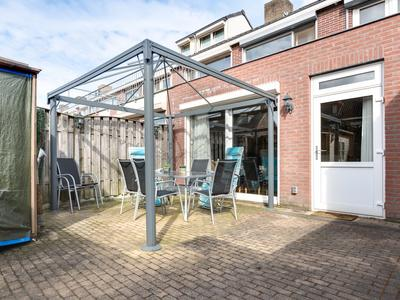 Hubert Van Nispenstraat 15 in Valkenswaard 5554 SN