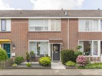 Hyacinthstraat 9 in 'S-Gravenzande 2691 LH