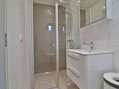30 badkamer mantelzorgruimte