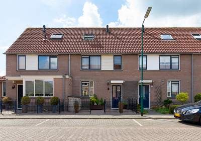 Jan Hoenlaan 25 in Montfoort 3417 CA