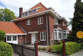 Van Zuylen Van Nijeveltstraat 24 in Wassenaar 2242 AP