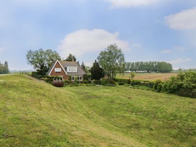 Maasdijk 22 in Dreumel 6621 KE