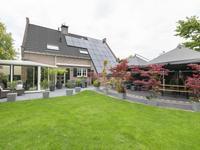 'T Ravelijn 39 in Klundert 4791 KD