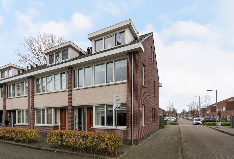 Stellendamstraat 2 in Rotterdam 3086 ZJ