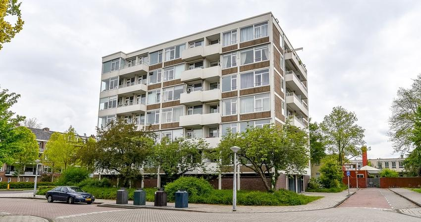 Van Boshuizenstraat 635 in Amsterdam 1082 AX