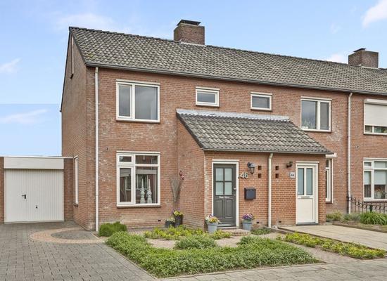 Pastoor Goossensstraat 46 in Grashoek 5985 PX