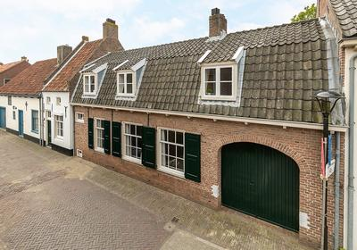 Molenstraat 15 in Vianen 4132 VA