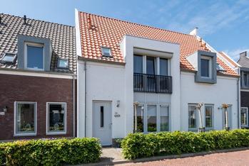 Hoofdlandseweg 34 in Ouddorp 3253 XS