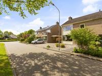 Wethouder Iwe Hutstraat 124 in Leek 9351 RK