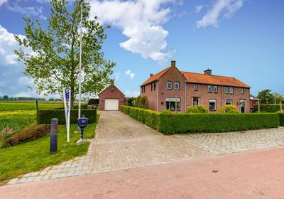 Noordlangeweg 12 in Willemstad 4797 SE