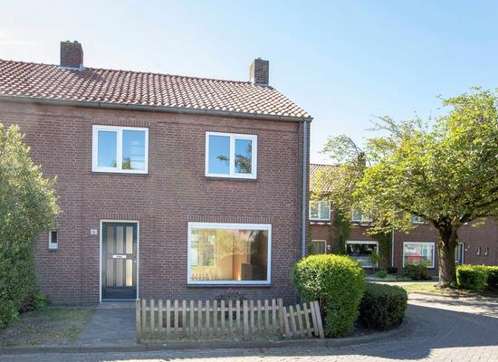 Jan Van Amstelstraat 47 in Gemert 5421 ER