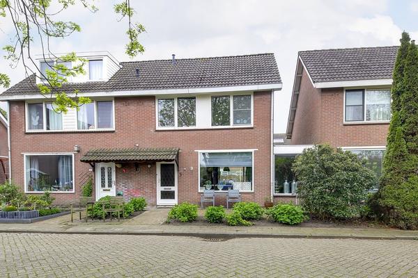 Lisweg 369 in Oostzaan 1511 XR