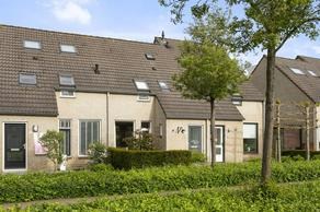 Dovenetelstraat 42 in Vught 5262 DD
