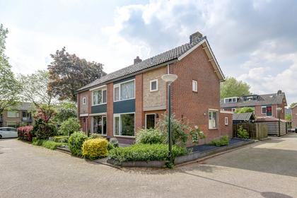 Burgemeester Van Rijswijkstraat 26 in Woudrichem 4285 XW