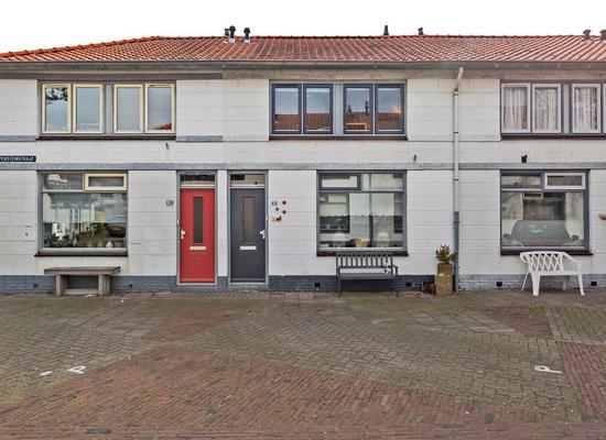 Grijpensteinstraat 48 in Alphen Aan Den Rijn 2405 GN