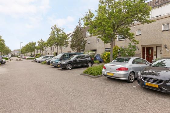 Bottalijn 54 in Zoetermeer 2728 AN