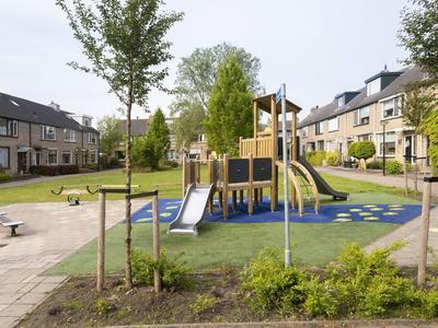 Merelhof 16 in Ouderkerk Aan Den IJssel 2935 VG
