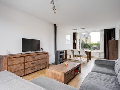 Van Heuven Goedhartstraat 34 in Reeuwijk 2811 BX