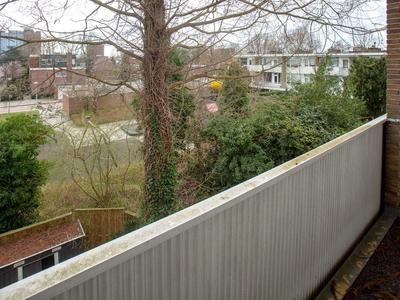 Van Boshuizenstraat 435 in Amsterdam 1082 AR
