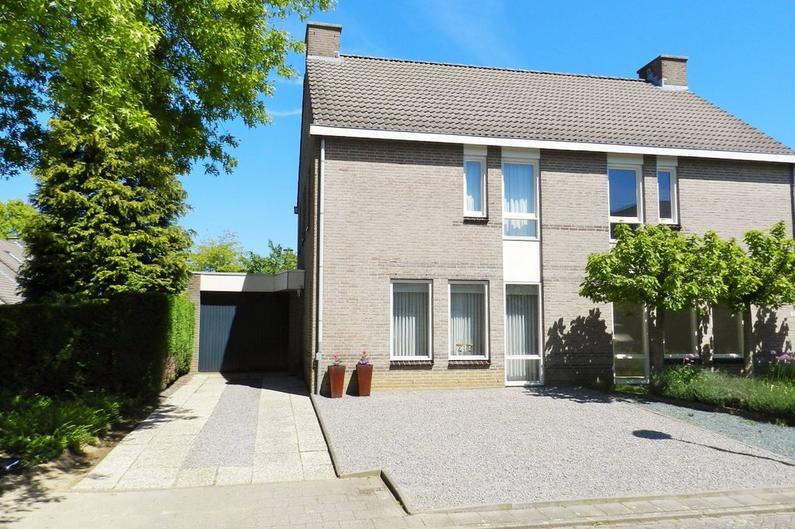 Joke Smitstraat 1 in Heerlen 6416 HS