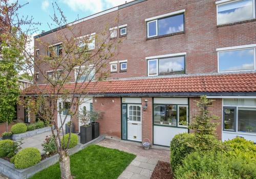 Thomsonstraat 64 in Dronten 8251 TR