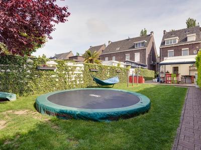 Julianalaan 41 in Roermond 6042 JE