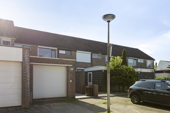 Diamantdijk 226 in Roosendaal 4706 HH
