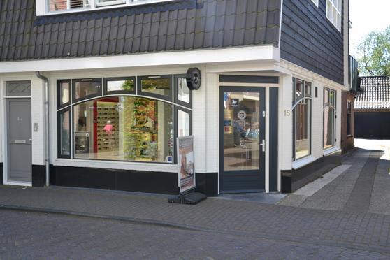 Nieuweweg 15 in Laren 1251 LG