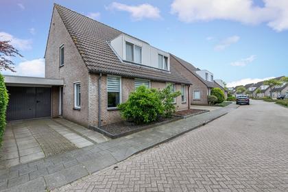 Diamantstraat 28 in Helmond 5706 DK