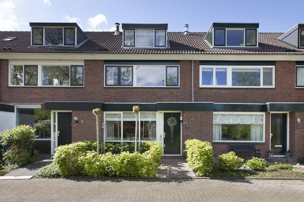 Peuleyen 69 in Waddinxveen 2742 EG