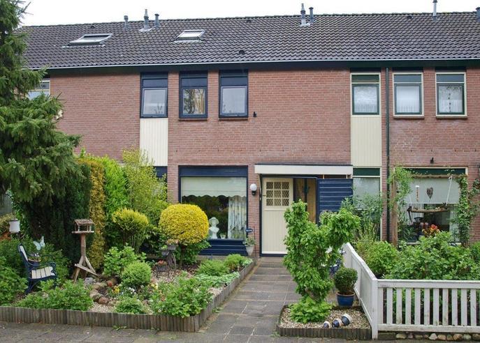 Het Schar 82 in Steenwijk 8332 CT