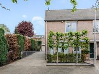Burgemeester Van Heesbeenstraat 26 in Vlijmen 5251 DE