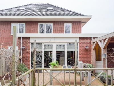 Van Velzenstraat 59 in Wervershoof 1693 CV