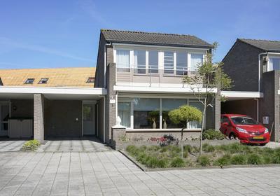 Jacob Van Deventerstraat 6 in Waalwijk 5141 MV