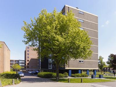 Bernard Zweersplein 53 in Schiedam 3122 TW