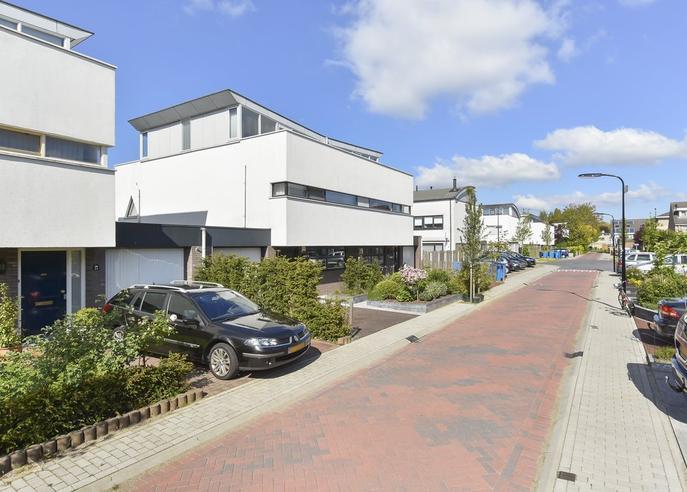'T Breede Weer 12 in Leidschendam 2265 EH
