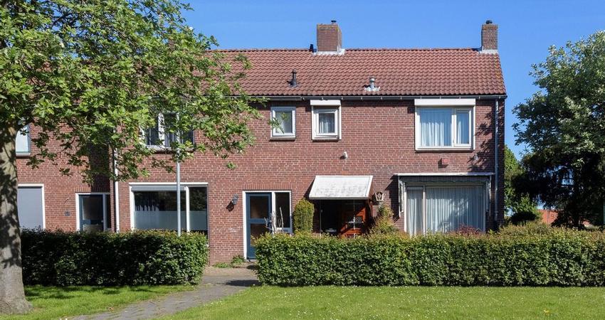 Vianenstraat 9 in Zevenbergen 4761 EW